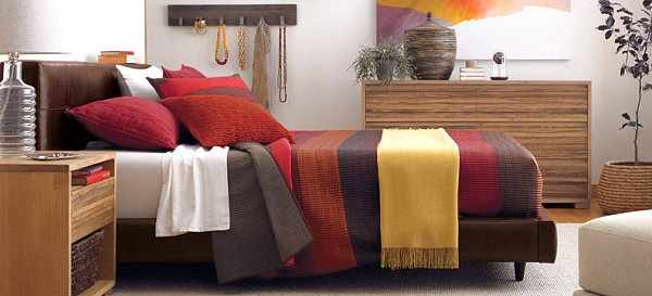 Bedding-in-earth-tones